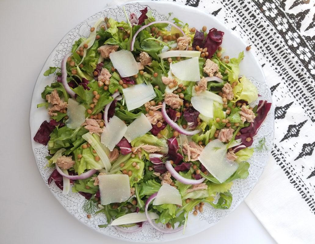 Winter Greens Salad with Lentils, Tuna & Manchego