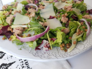 Winter Green Salad with Tuna, Lentils & Manchego